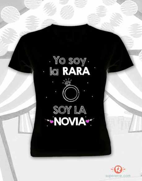 "Camiseta ""Soy la rara color negro"""